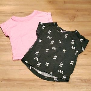 💰2 for $10 2 girls Cat and Jack t-shirts 18 month